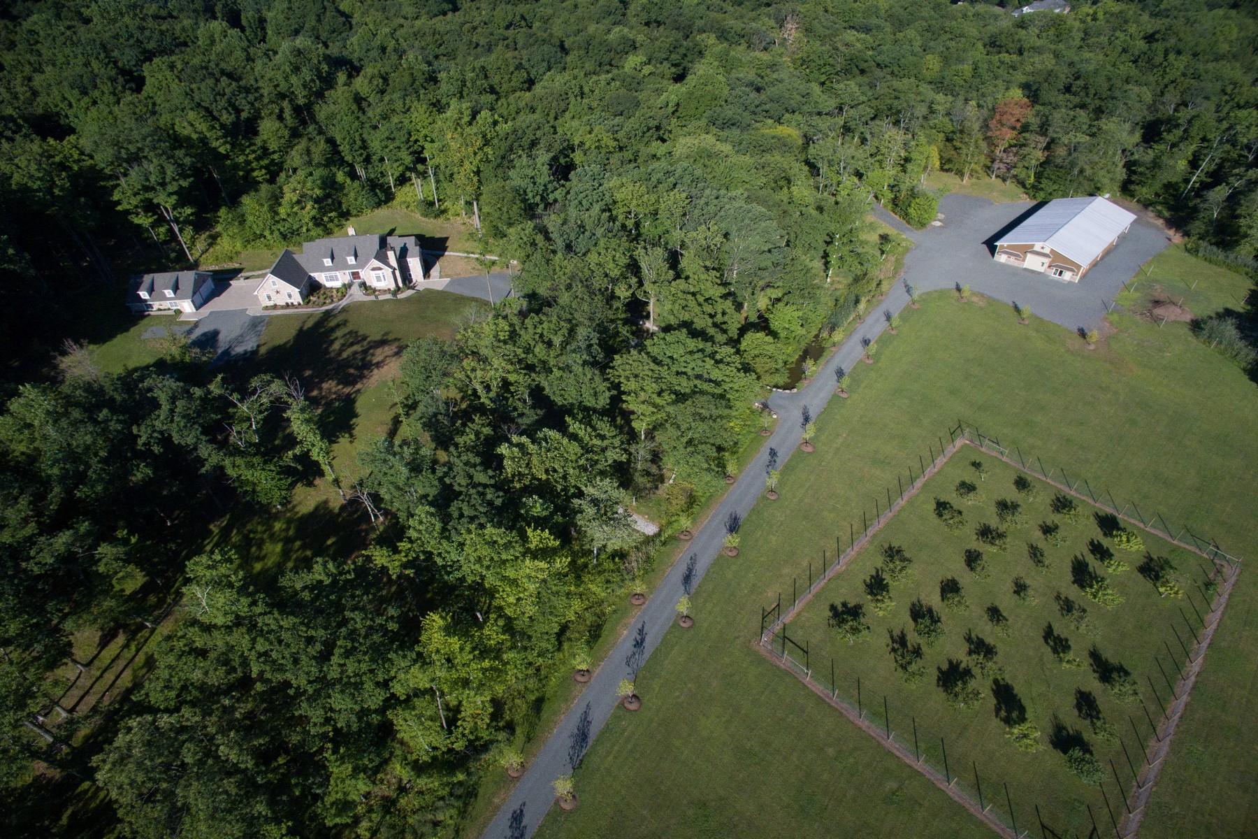 Villa per Vendita alle ore Bucolic Country Estate 240 Mountain Road Basking Ridge, New Jersey 07920 Stati Uniti