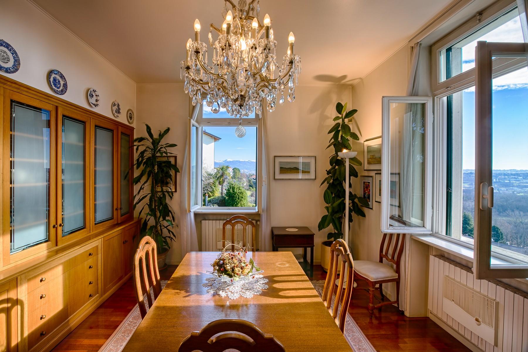 Additional photo for property listing at Unique period villa with panoramic view via Meda Inverigo, Como 22044 Italie