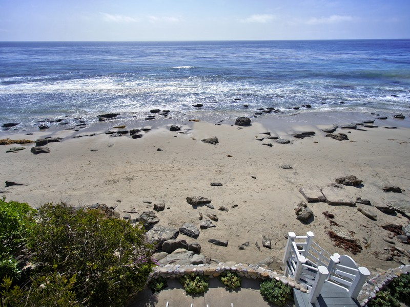 Single Family Home for Sale at 671 Sleepy Hollow Lane Laguna Beach, California 92651 United States