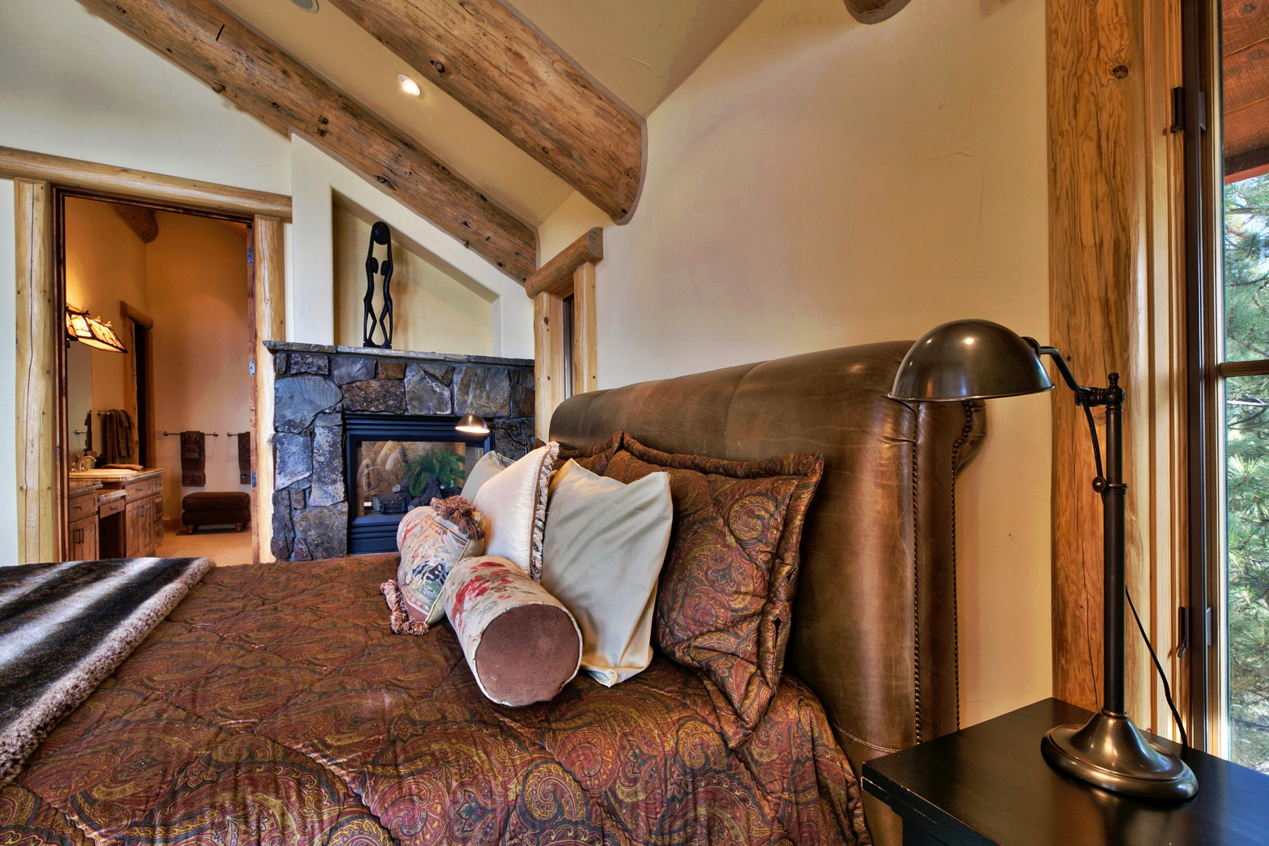 Additional photo for property listing at 591 Pinto Court 591 Pinto Ct Incline Village, Nevada 89451 United States