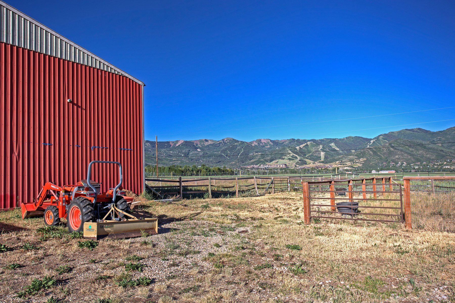 Additional photo for property listing at Equestrian Income Opportunity with Magnificent Views in the Heart of Old Ranch R 4765 North 400 West Park City, Utah 84098 United States