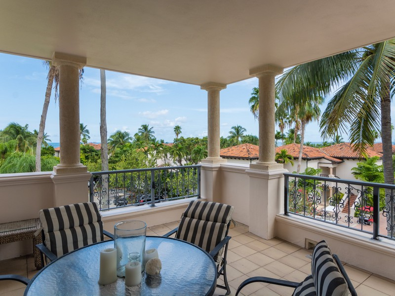 Property For Sale at 19133 Fisher Island Dr Unit 19133