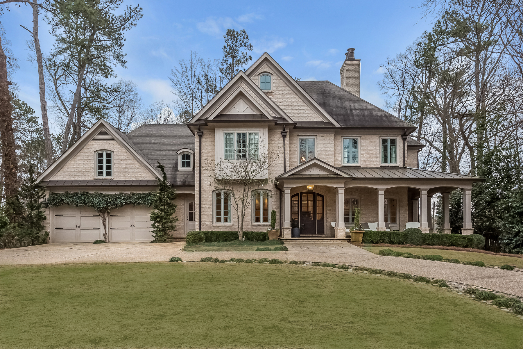 一戸建て のために 売買 アット Gorgeous Newer Construction Home in Chastain Park 210 Lake Forrest Lane NE Chastain Park, Atlanta, ジョージア, 30342 アメリカ合衆国