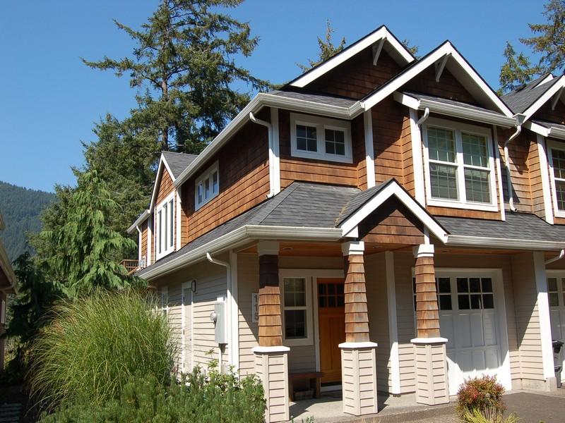 Condominium for Sale at Lovely Oceanview Condominium 115 College Ave Manzanita, Oregon 97130 United States
