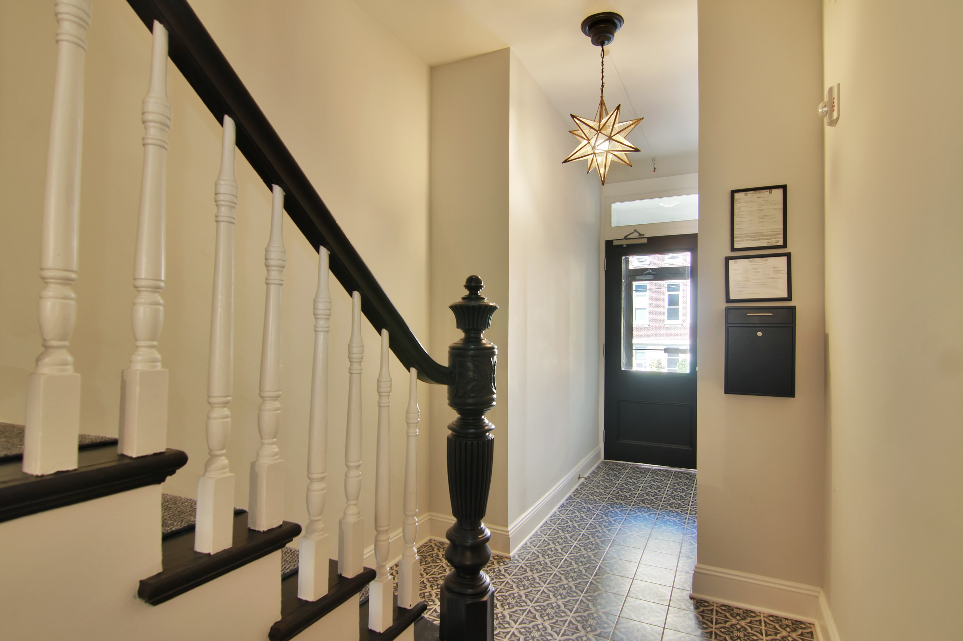 Property Of Designer 3 Bedroom with Private Patio