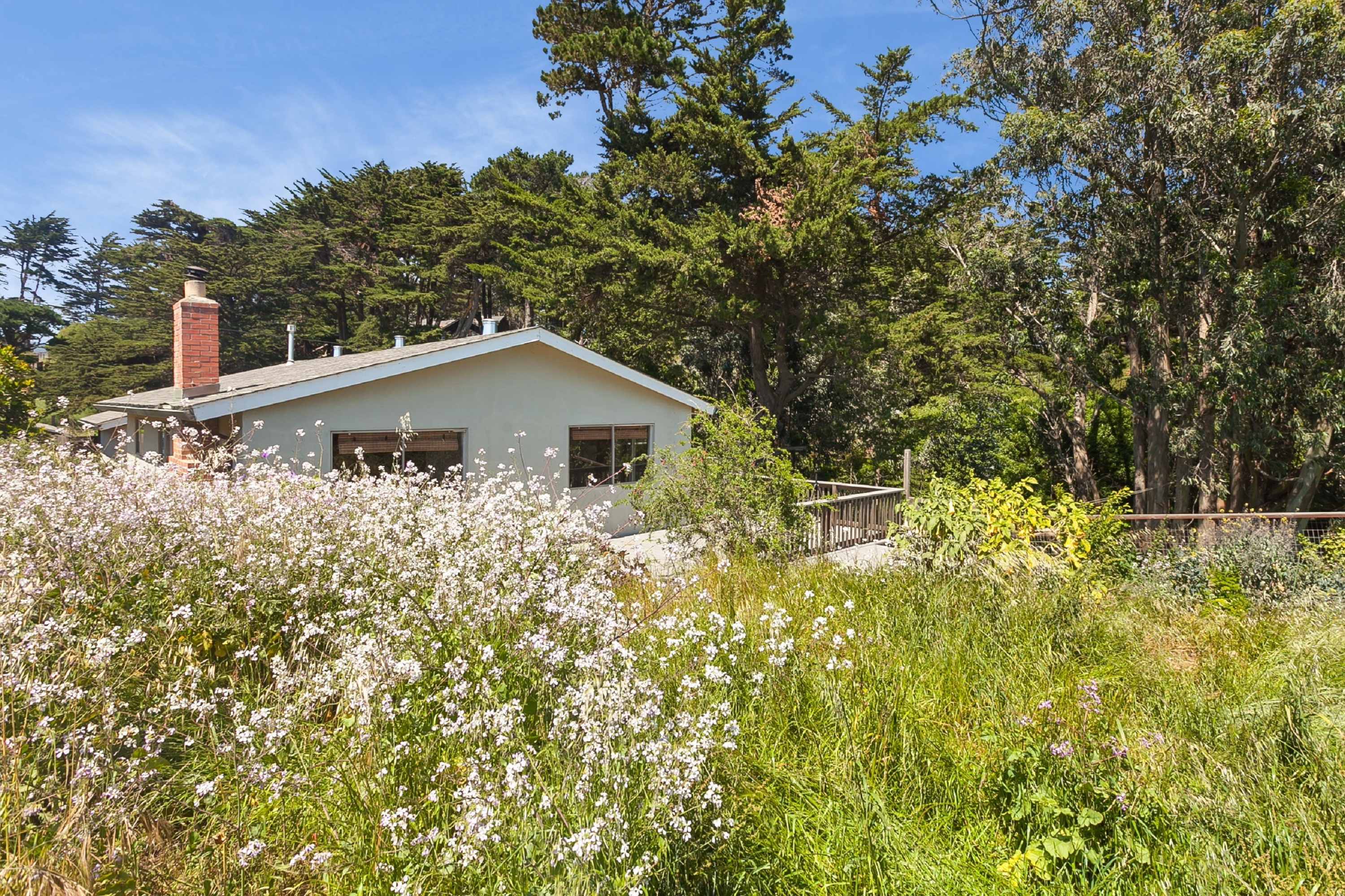 Single Family Home for Sale at Bolinas Hideaway 499 Ocean Parkway Bolinas, California, 94924 United States