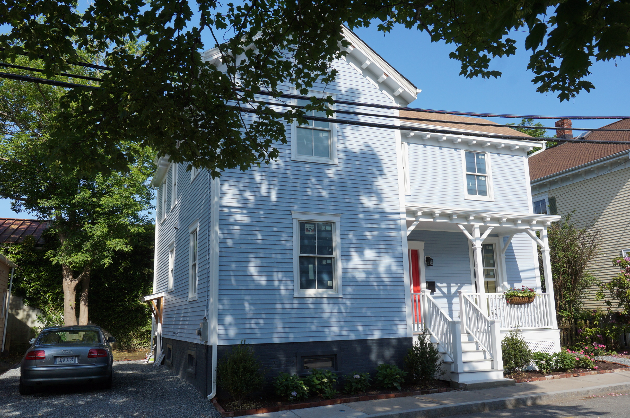 Additional photo for property listing at The John E. Dowling House 13 Chapel Street Newport, Rhode Island 02840 United States