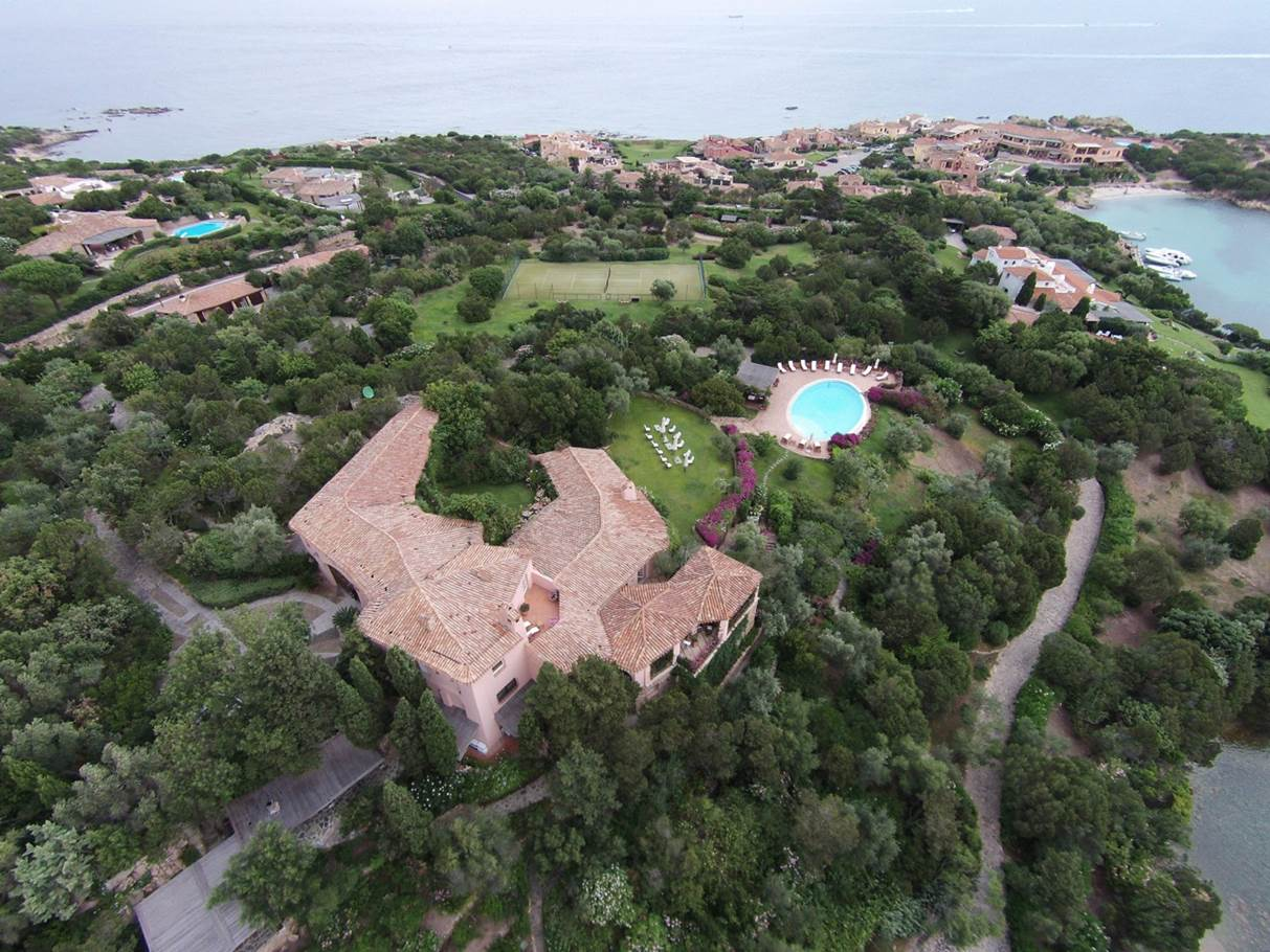 Additional photo for property listing at Majestic Waterfront Estate Porto Cervo Marina Costa Smeralda Porto Cervo, Olbia Tempio 07021 Italie