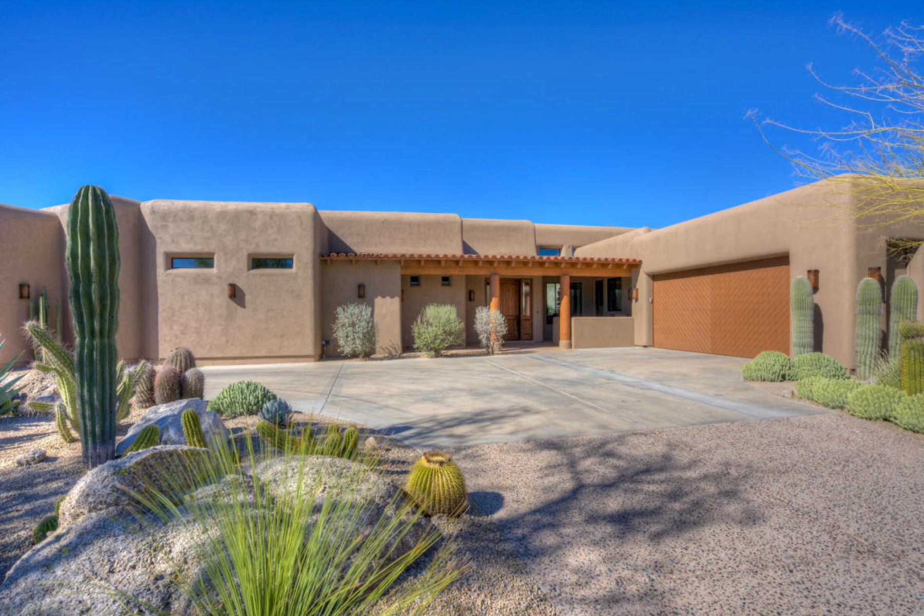 sales property at Newly re-built Boulders home