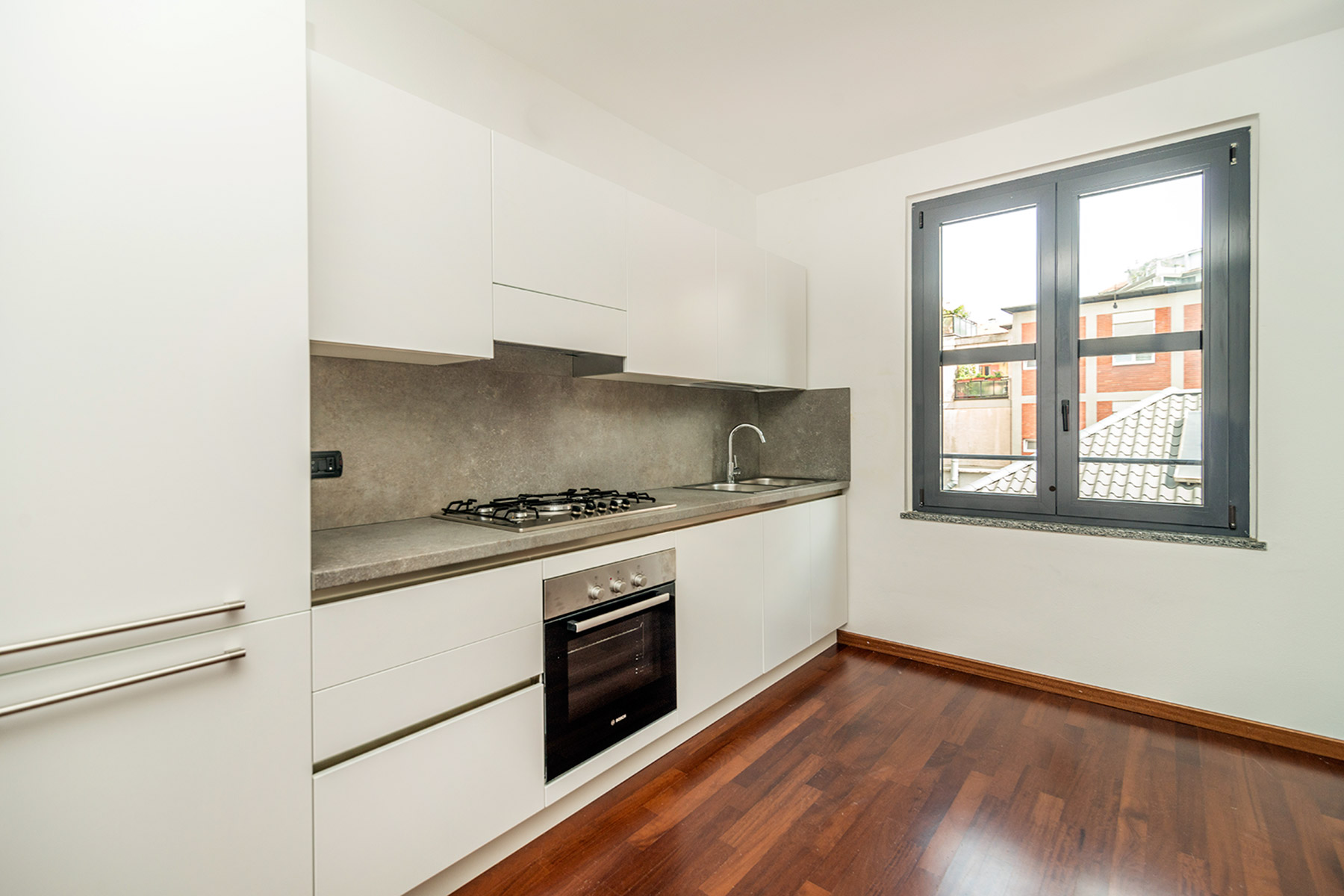 Additional photo for property listing at Particular apartament in exclusive contest viale Abruzzi Milano, Milan 20131 Italien