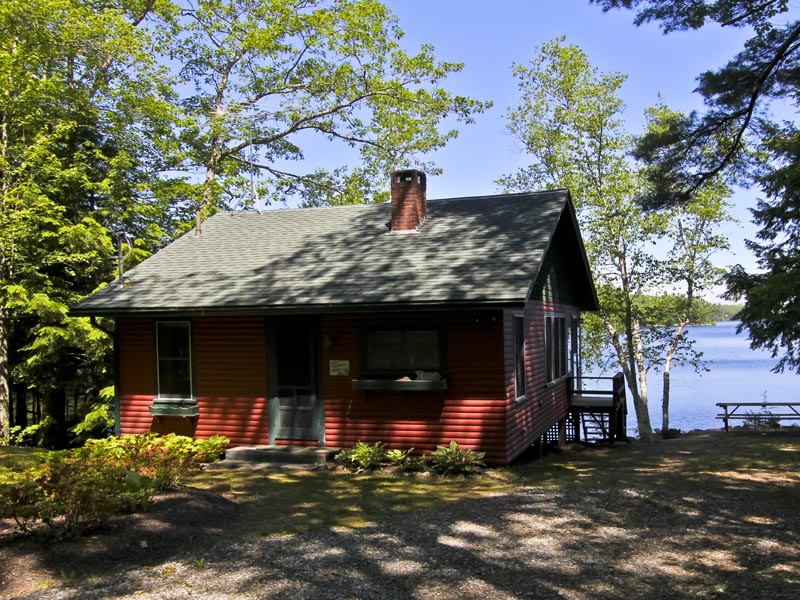 Single Family Home for Sale at 38 Cove Lane 38 Cove Road Damariscotta, Maine 04543 United States