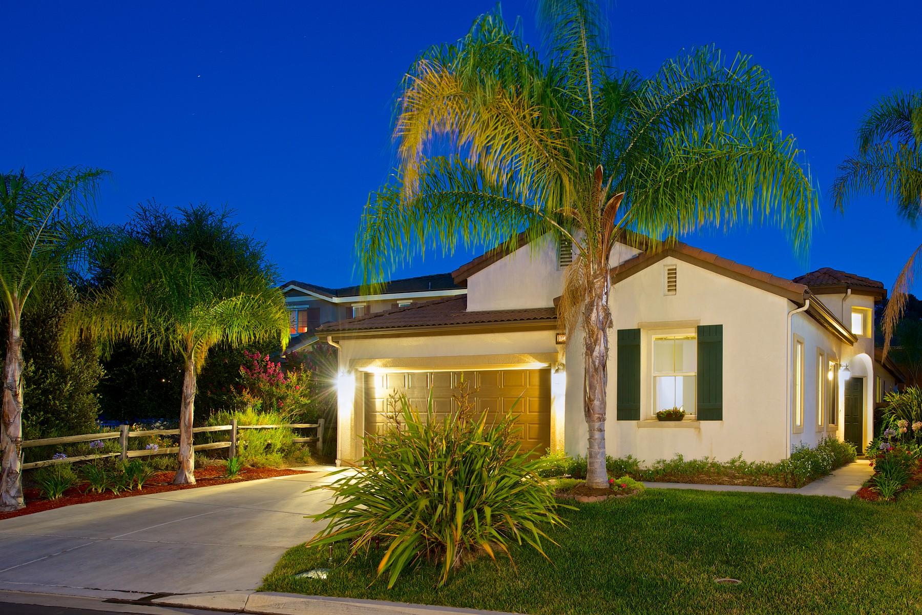 Maison unifamiliale pour l Vente à 10251 Sprucewoodlands Way 10251 Spruce Woodlands Way Escondido, Californie 92026 États-Unis