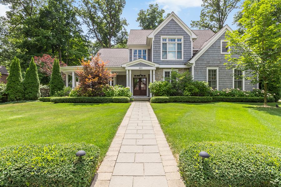Nhà ở một gia đình vì Bán tại Birmingham 660 Abbey Street Birmingham, Michigan, 48009 Hoa Kỳ