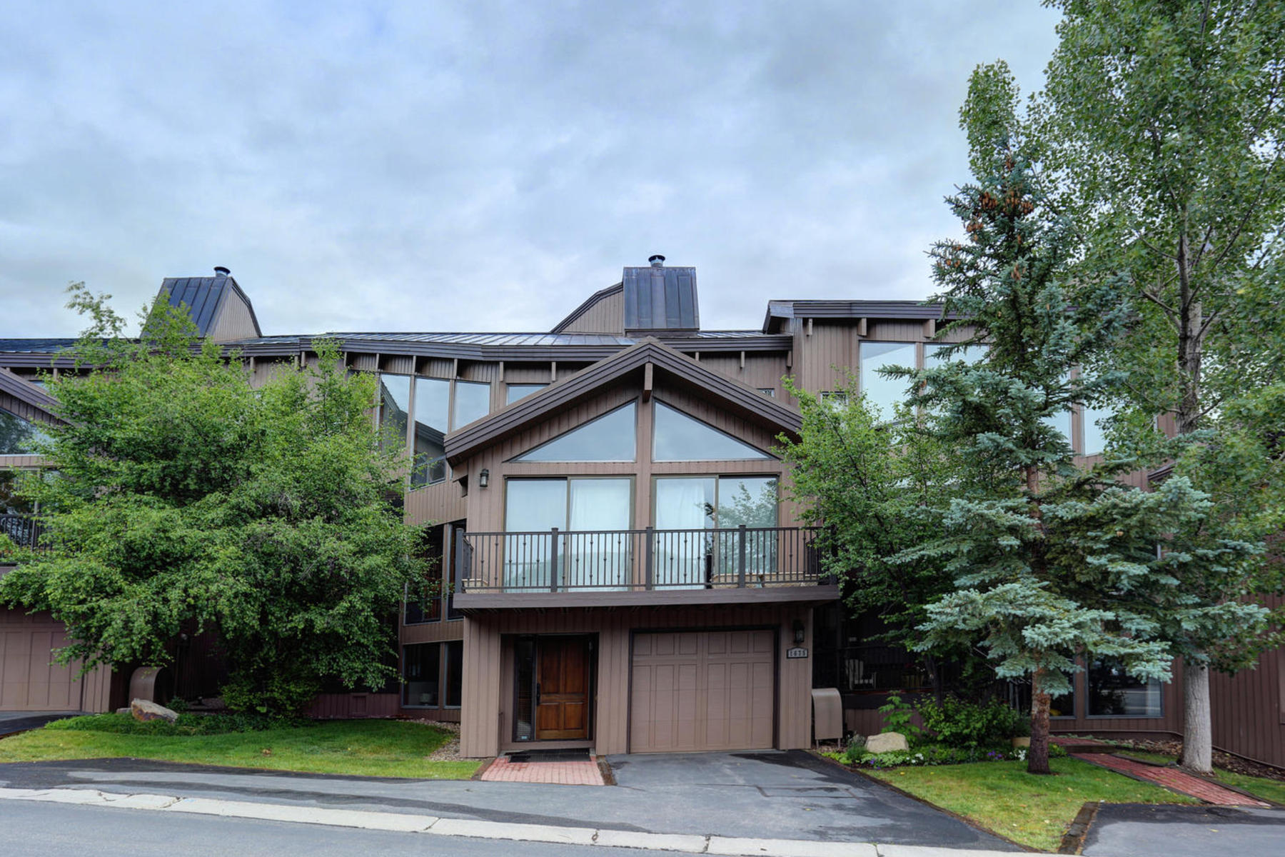 sales property at Four Bedroom Deer Valley Turn-Key Condo