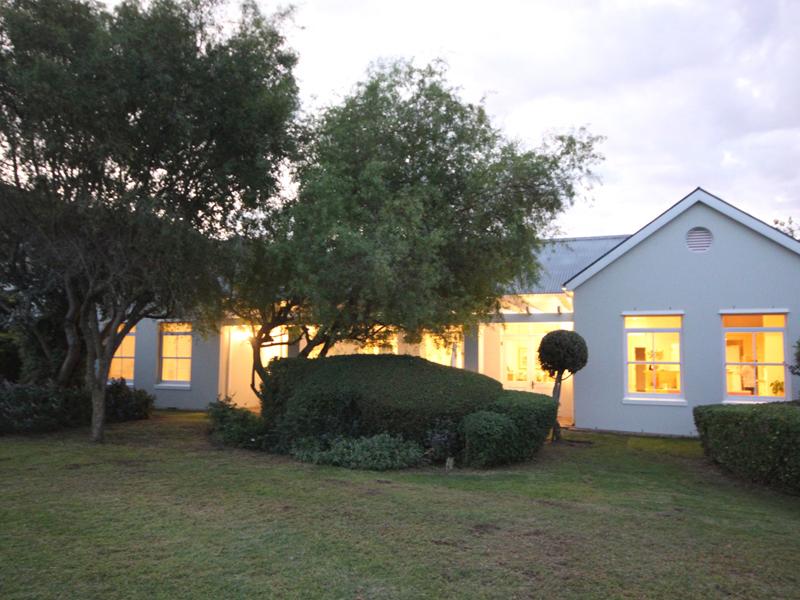 Villa per Vendita alle ore Steenberg Golf Estate Tokai, Capo Occidentale 7945 Sudafrica