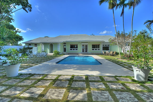 Single Family Home for Sale at Sunset Hill, Prospect Ridge Home Prospect Ridge, Nassau And Paradise Island, Bahamas