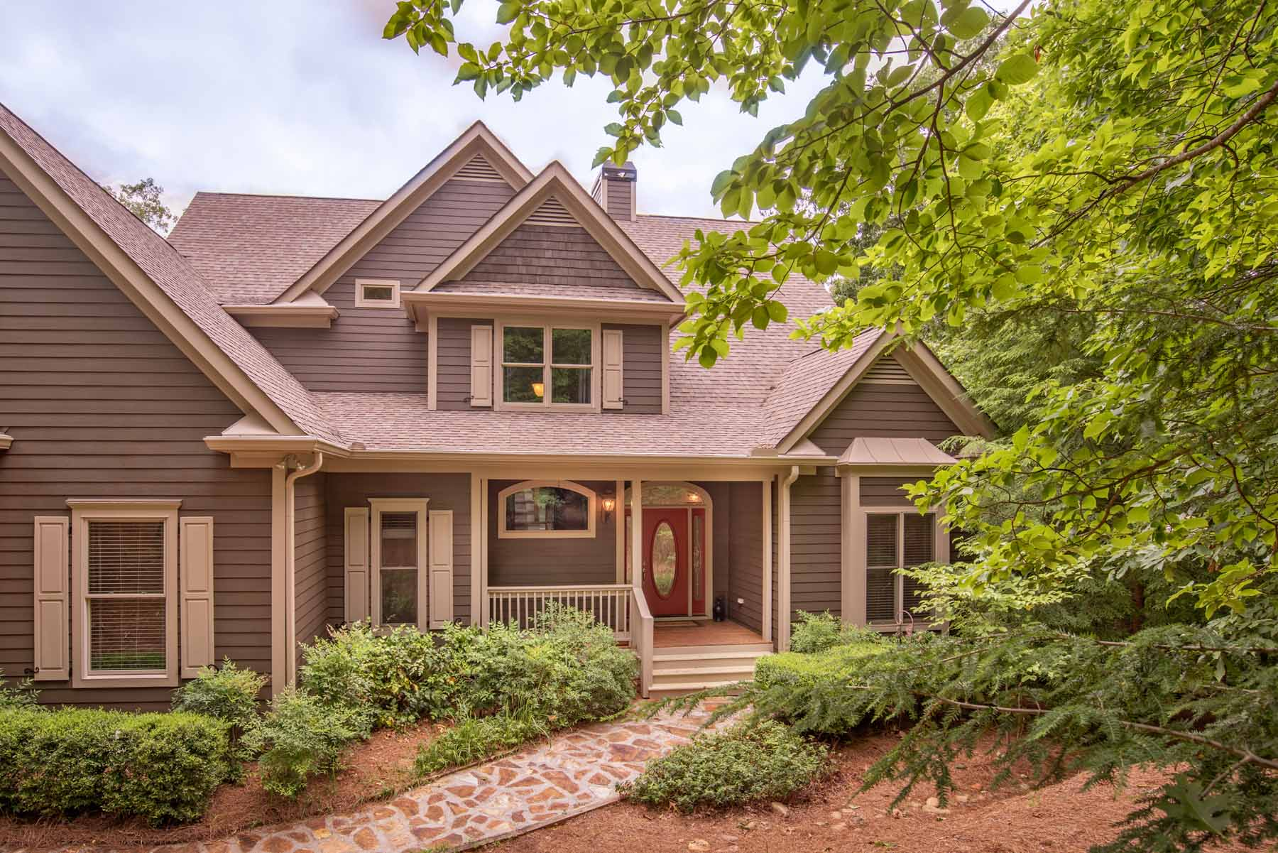 Single Family Home for Sale at Mountain Bliss One Hour North of Atlanta 182 Cherokee Drive Big Canoe, Georgia, 30143 United States