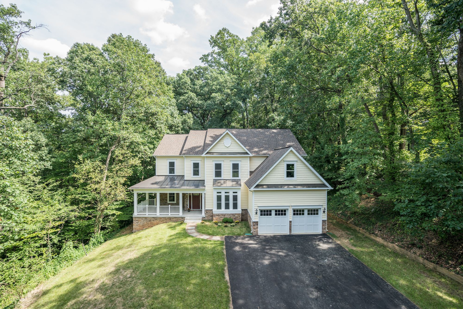 独户住宅 为 销售 在 Lincolnia 5103 Cherokee Ave 亚历山大港, 弗吉尼亚州 22312 美国
