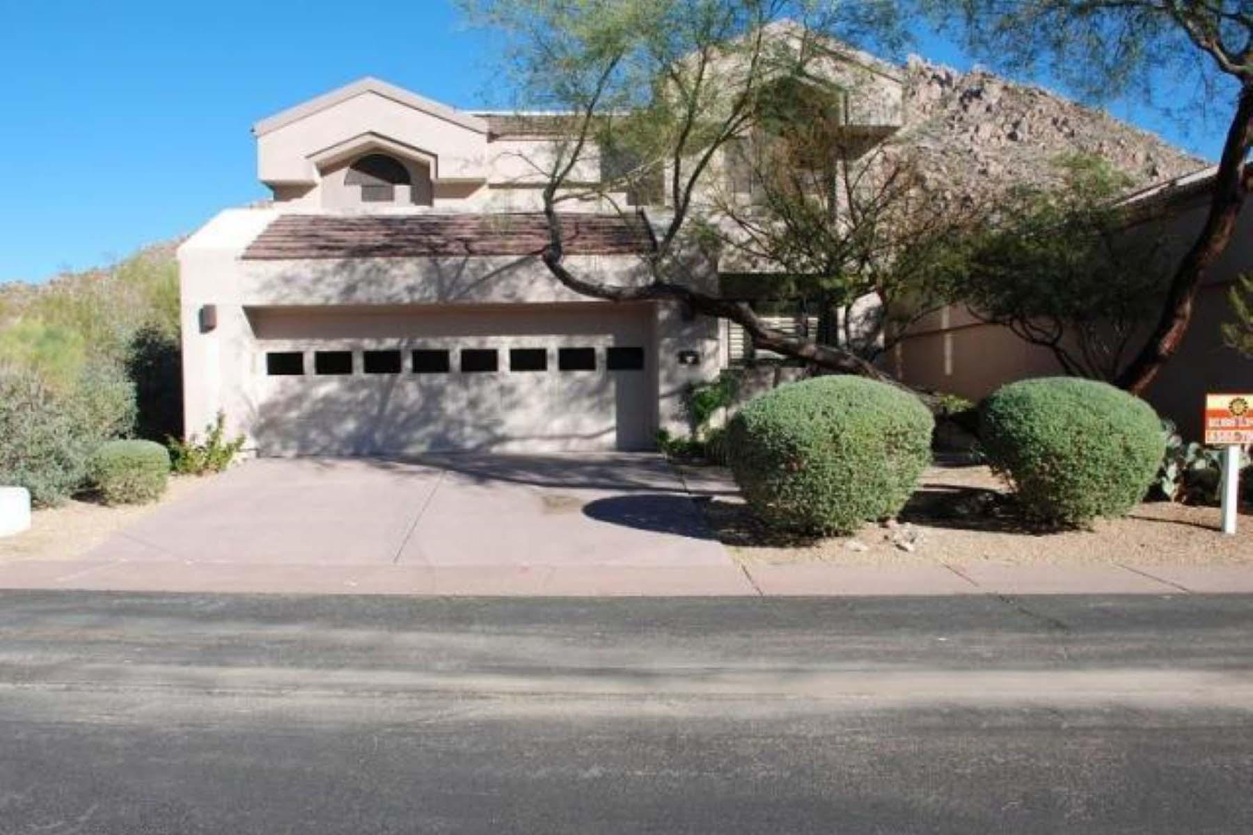 Nhà ở một gia đình vì Bán tại Beautifully maintained one owner single family home. 25150 N Windy Walk Dr 32 Scottsdale, Arizona 85255 Hoa Kỳ