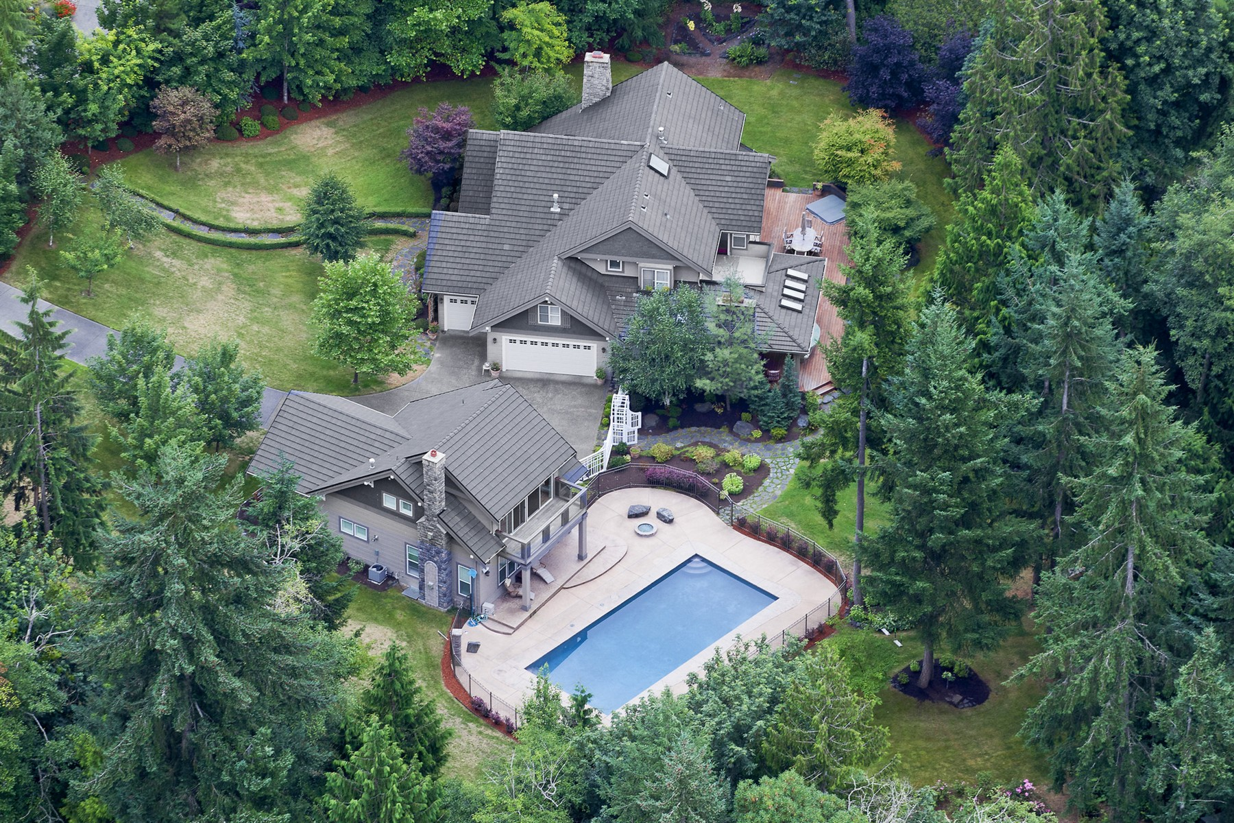 Single Family Home for Sale at Stunning Canterwood Estate on 2.5 Acres 13318 Bracken Fern Drive NW Gig Harbor, Washington 98332 United States