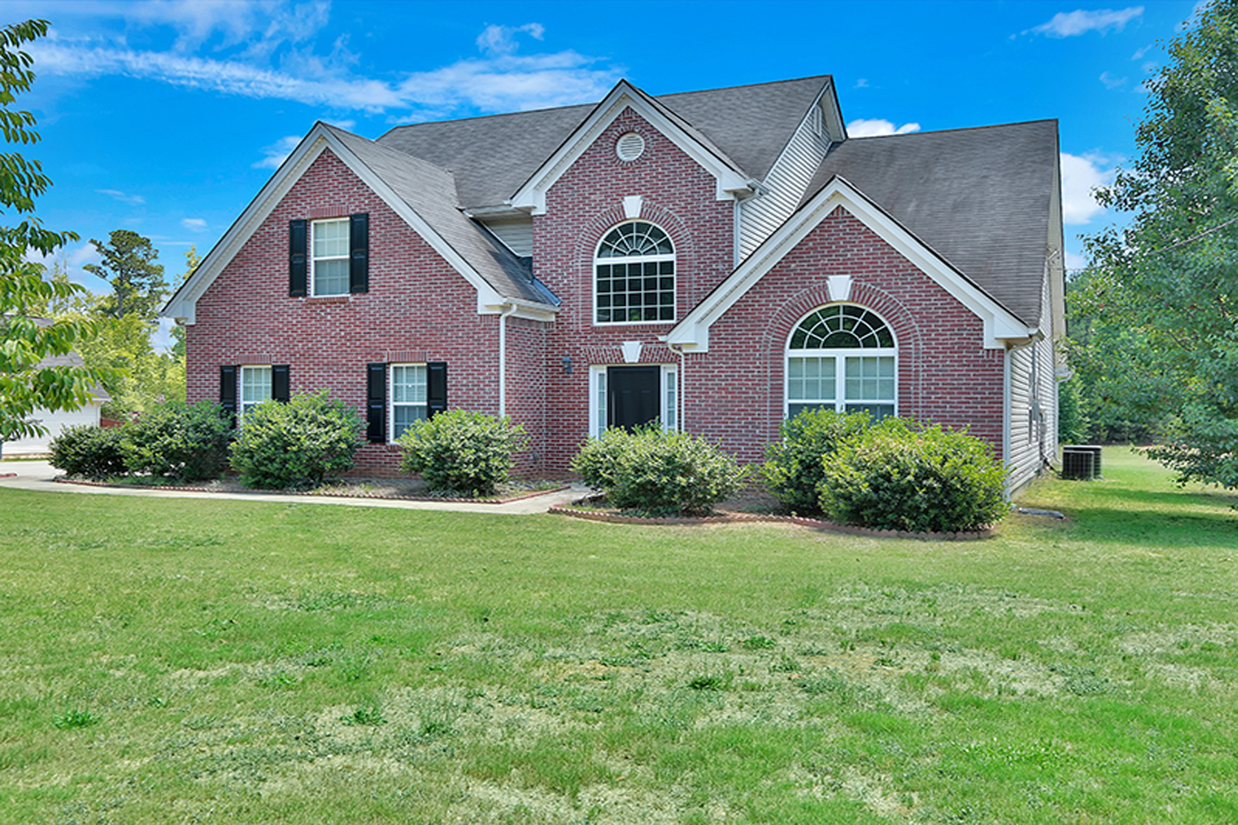 Single Family Home for Sale at Beautiful 5 Bedroom Home on 1.6 Acres 2038 Standing Rock Road Senoia, Georgia, 30276 United States