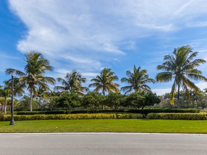 Terrain pour l Vente à Estates of Swam Lake 3240 Lake Ridge Lane Weston, Florida 33332 États-Unis