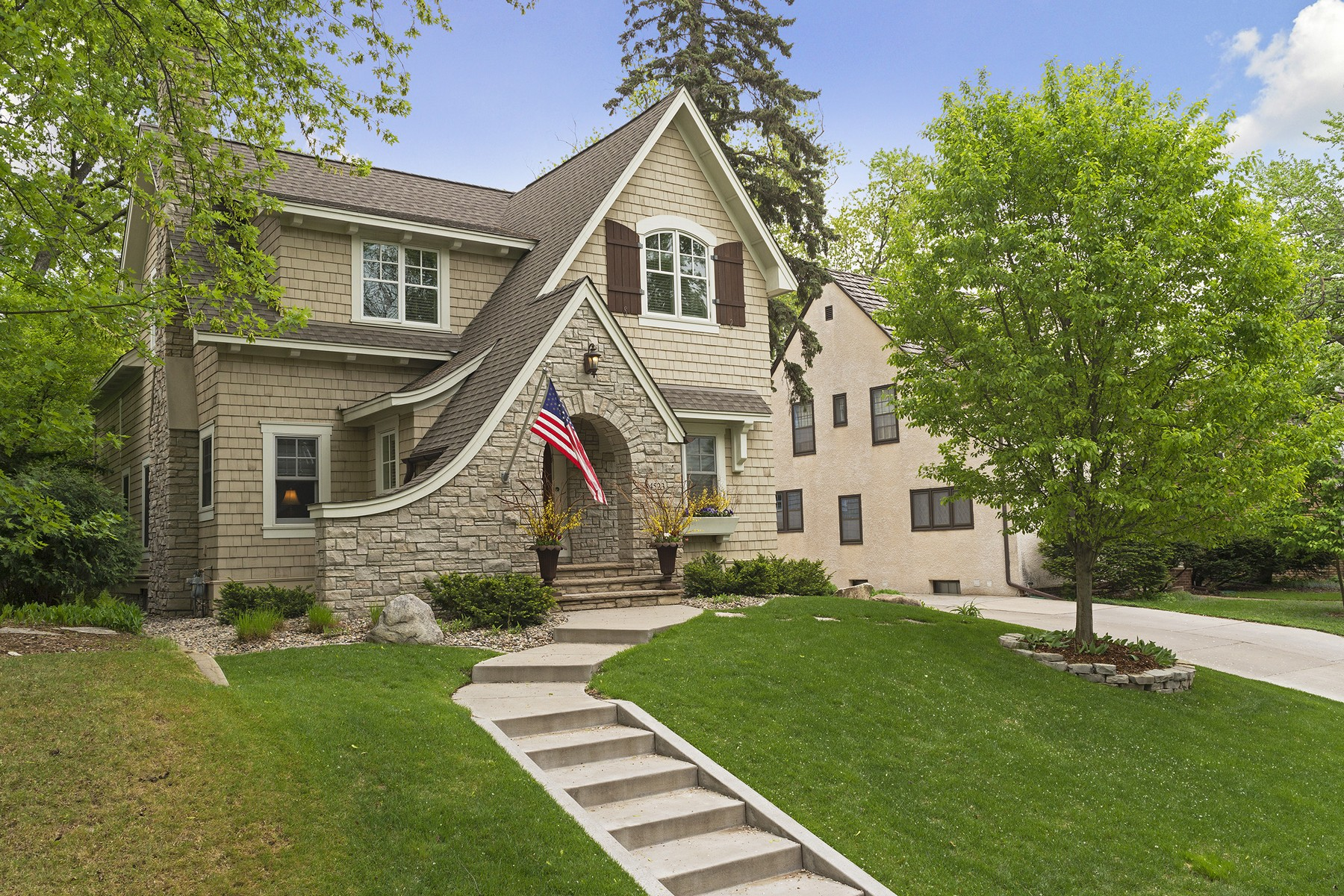 Single Family Home for Sale at 4523 Arden Avenue Edina, Minnesota 55424 United States