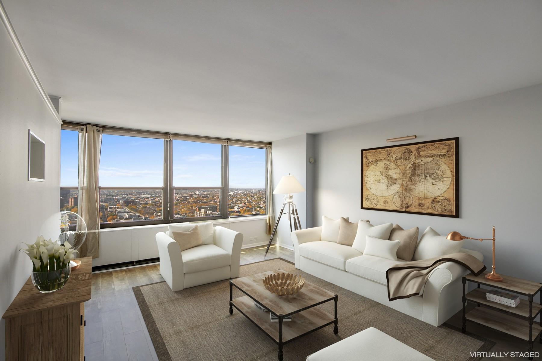 Condominio per Vendita alle ore Newly Renovated One Bedroom On A High Floor 1560 N Sandburg Terrace Unit 3207 Chicago, Illinois, 60610 Stati Uniti