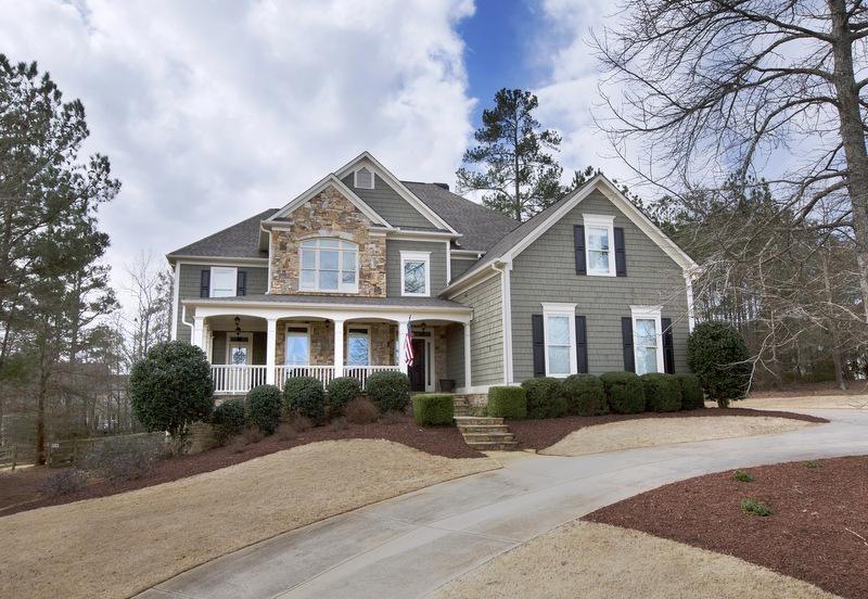 Moradia para Venda às Craftsman Style Custom Home 4610 Willowbrook Court Cumming, Geórgia 30028 Estados Unidos