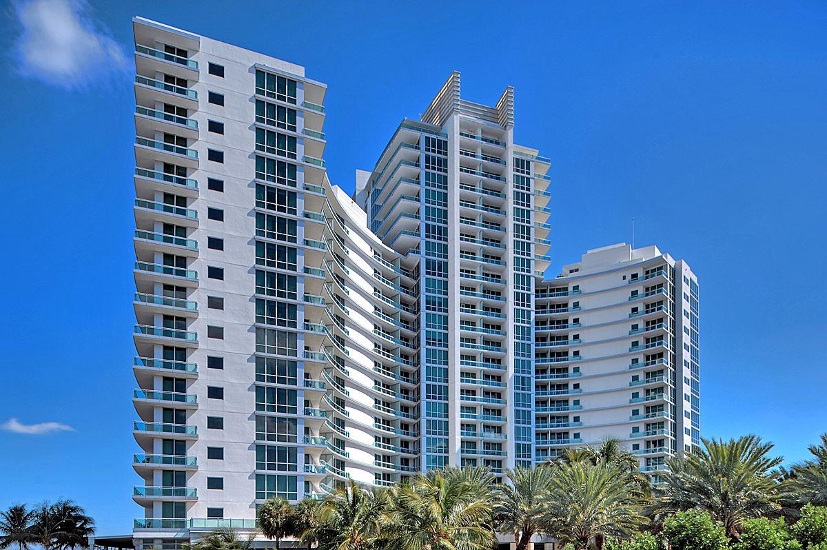 Condominio por un Venta en One Bal Harbor Ritz Carlton 10295 Collins Av. Unit 914 Bal Harbour, Florida 33154 Estados Unidos