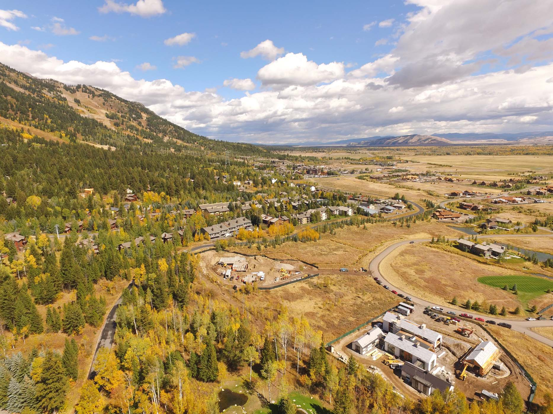 土地 为 销售 在 Luxury and Convenience at Shooting Star 3635 Coyote Creek Road 泰顿乡, 怀俄明州, 83025 Jackson Hole, 美国
