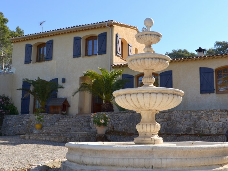 Single Family Home for Sale at Large family house with pool Chemin des Bernards Other Provence-Alpes-Cote D'Azur, Provence-Alpes-Cote D'Azur 83460 France