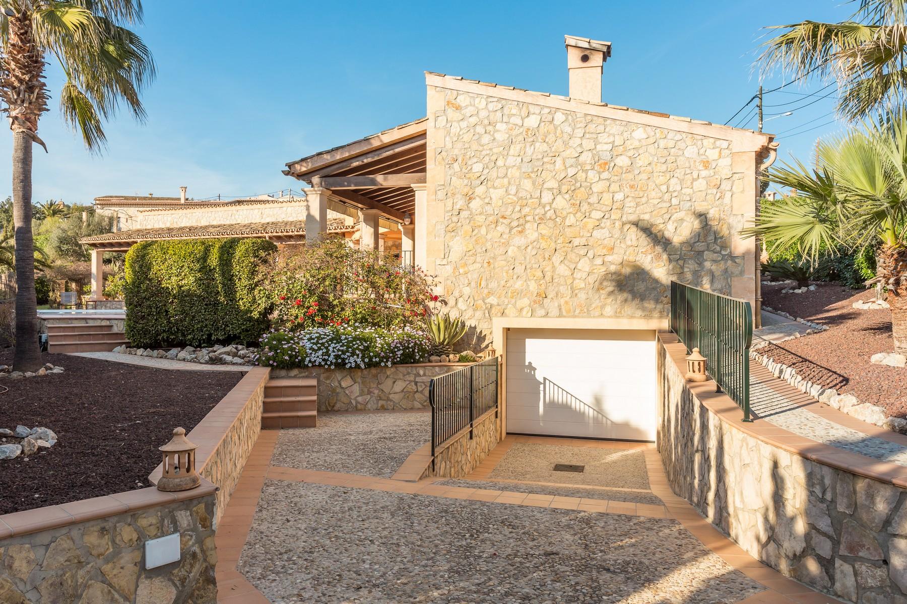 Property Of Erstklassige Rustikale Villa Mit Traumhaftem Blick