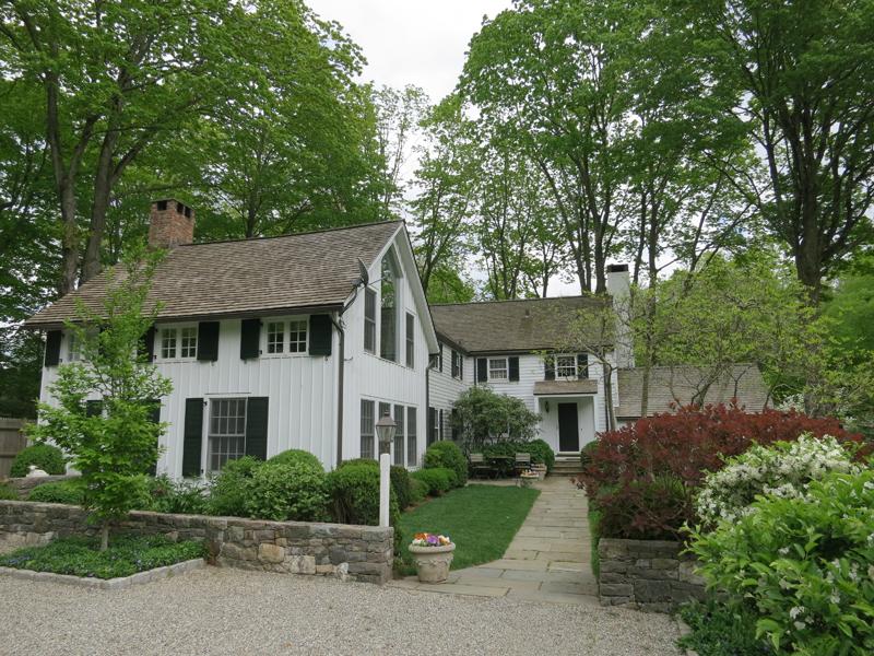 Casa para uma família para Venda às Bedford At Its Best 117 Fox Lane Bedford Corners, Nova York 10549 Estados Unidos