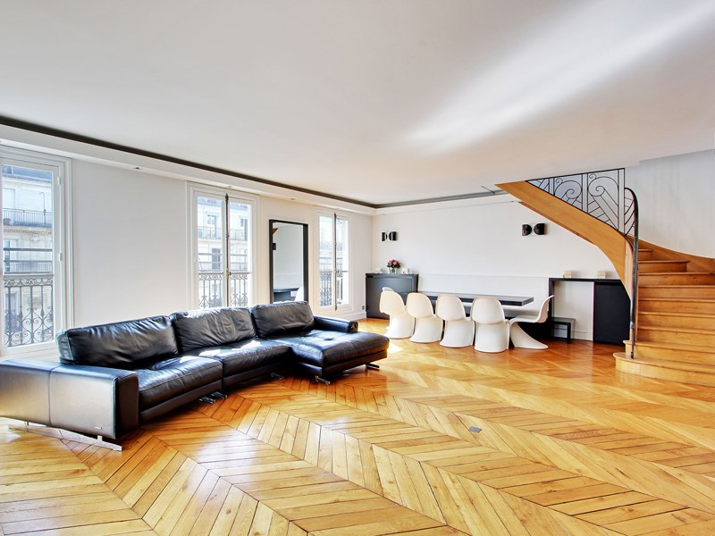 Duplex için Satış at Penthouse fully renovated by famous architect - Victor Hugo / Etoile Paris, Paris 75116 Fransa