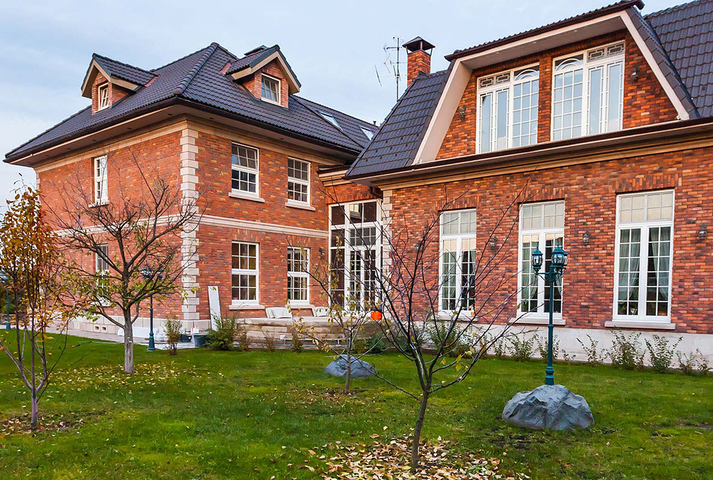 Single Family Home for Sale at Magnificent house in Novoaleksandrovo Moscow region, Dmitrovskoye Highway, Novoalexandrovo Other Russia, Other Areas In Russia, 186000 Russia