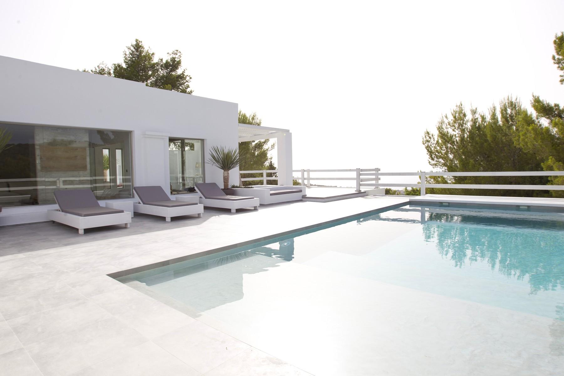단독 가정 주택 용 매매 에 Hill Top Villa With Sea Views Near Cala Tarida Ibiza, 아이비자 07817 스페인