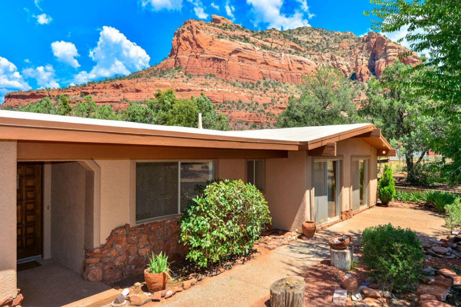 獨棟家庭住宅 為 出售 在 Rare original western home in the heart of Sedona. 1400 Dry Creek Rd Sedona, 亞利桑那州 86336 美國