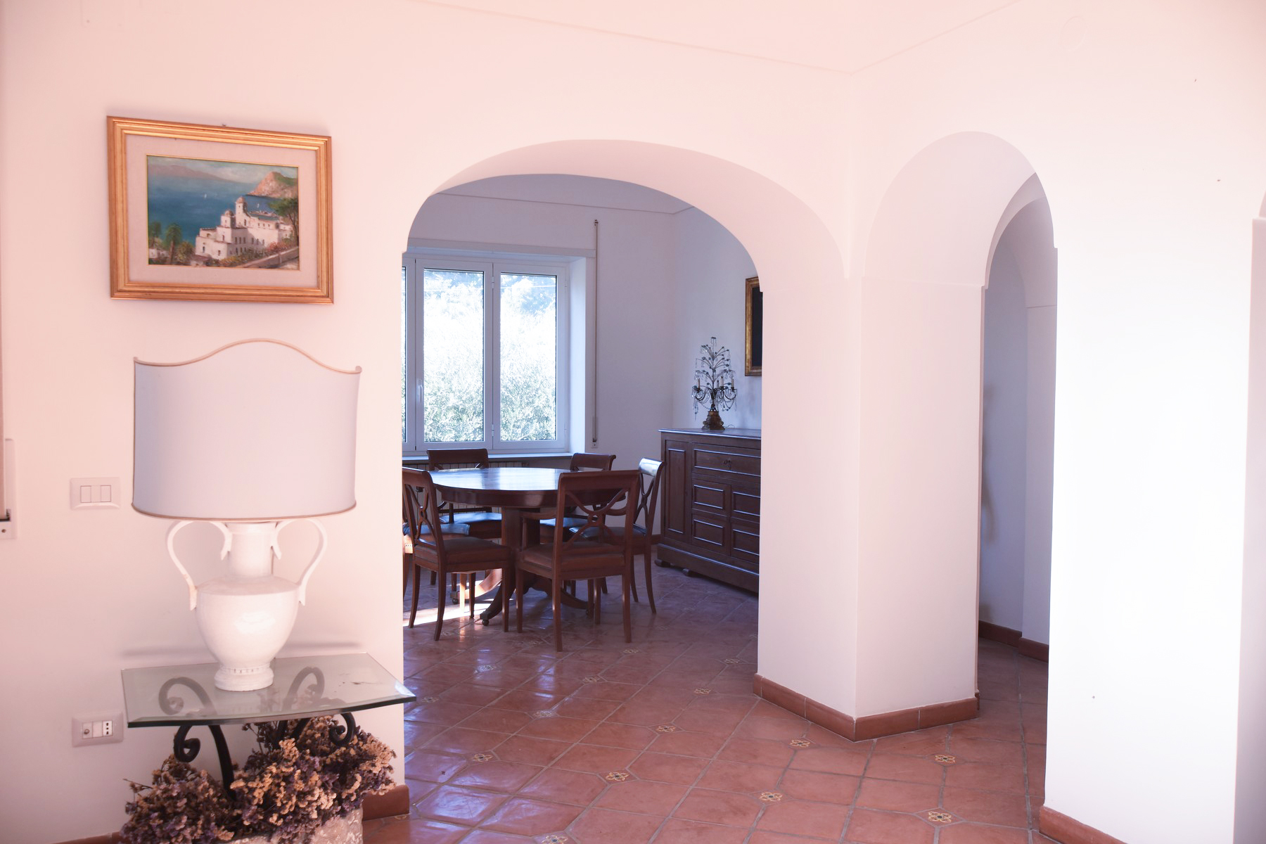 Additional photo for property listing at Beautiful house with garden Capri, Naples Italie