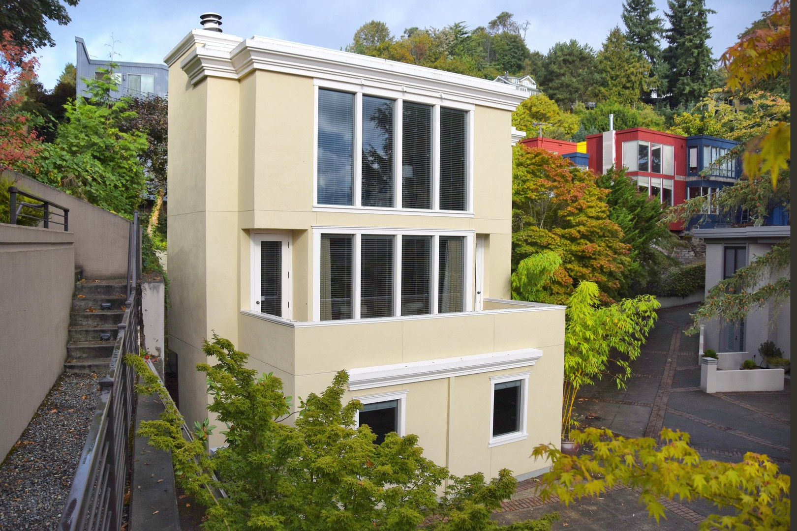 open-houses property at Contemporary in Leschi
