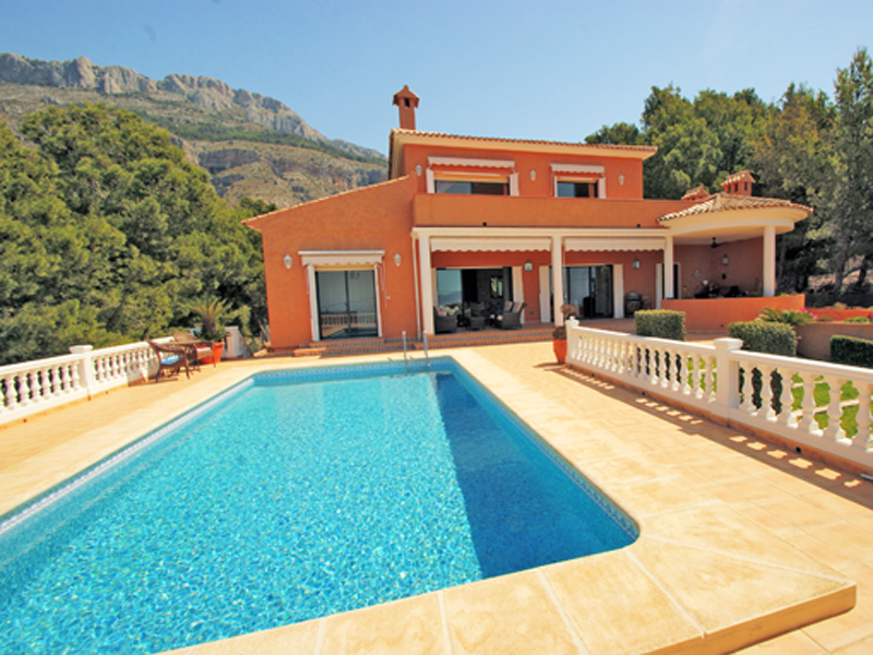 단독 가정 주택 용 매매 에 Welcoming mediterranean style chalet with marvellous sea views Altea, Alicante Costa Blanca 03590 스페인