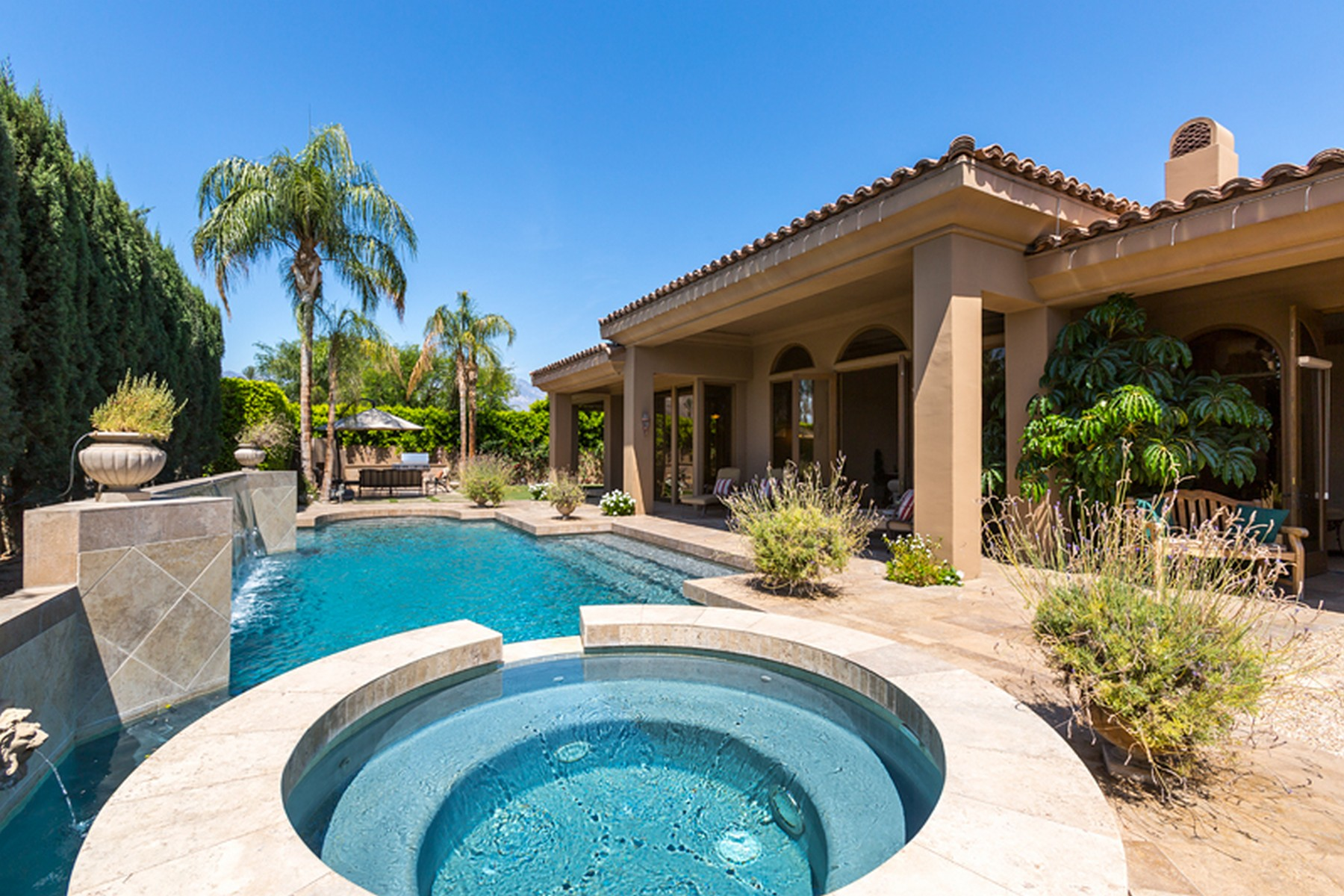 Villa per Vendita alle ore 149 Waterford Circle Rancho Mirage, California 92270 Stati Uniti