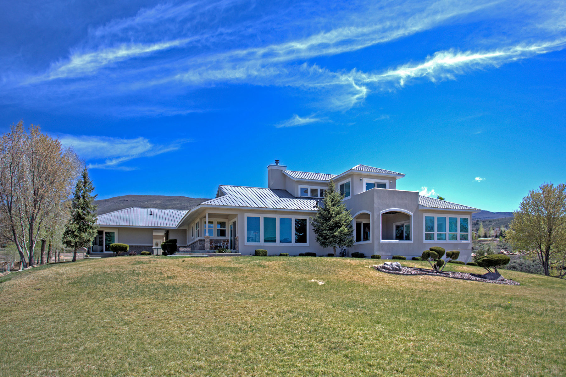 Villa per Vendita alle ore Majestic Views Included with this 5-Acre Horse Property 1465 East 1050 North Heber City, Utah 84032 Stati Uniti