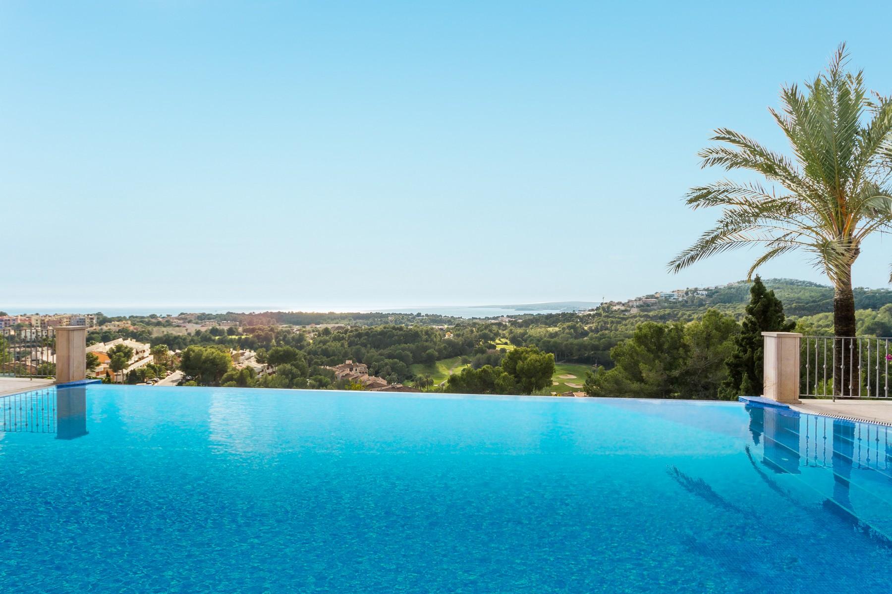 Casa para uma família para Venda às Luxury villa in prime location in Bendinat Bendinat, Palma De Maiorca, 07181 Espanha