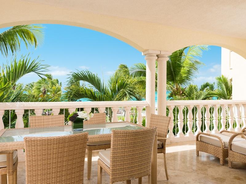 Condominio per Vendita alle ore Villas at Grace Bay Club - B203.204 Grace Bay Resorts, Grace Bay, Providenciales Turks E Caicos