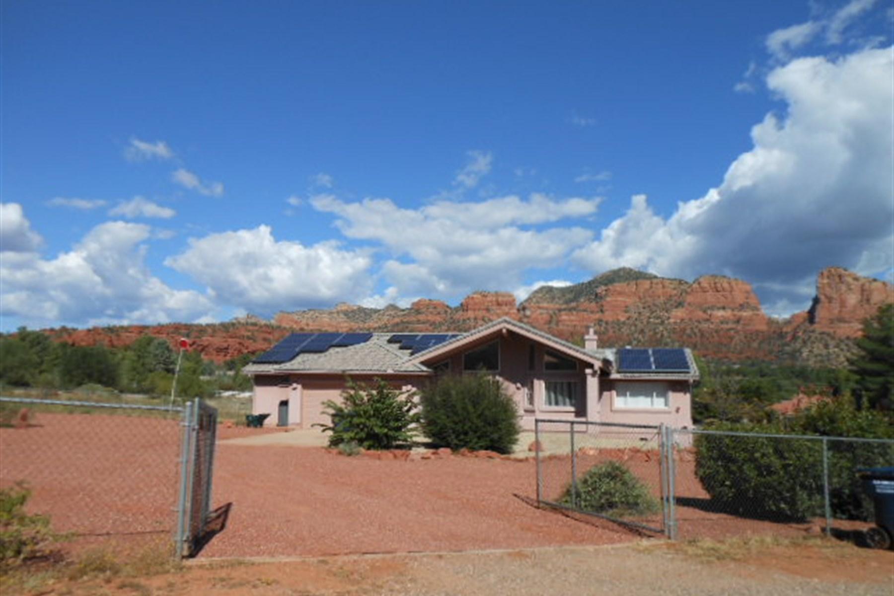 Moradia para Venda às Fully fenced Acre, With Panoramic Red Rock 60 Tilley Ln Sedona, Arizona 86351 Estados Unidos