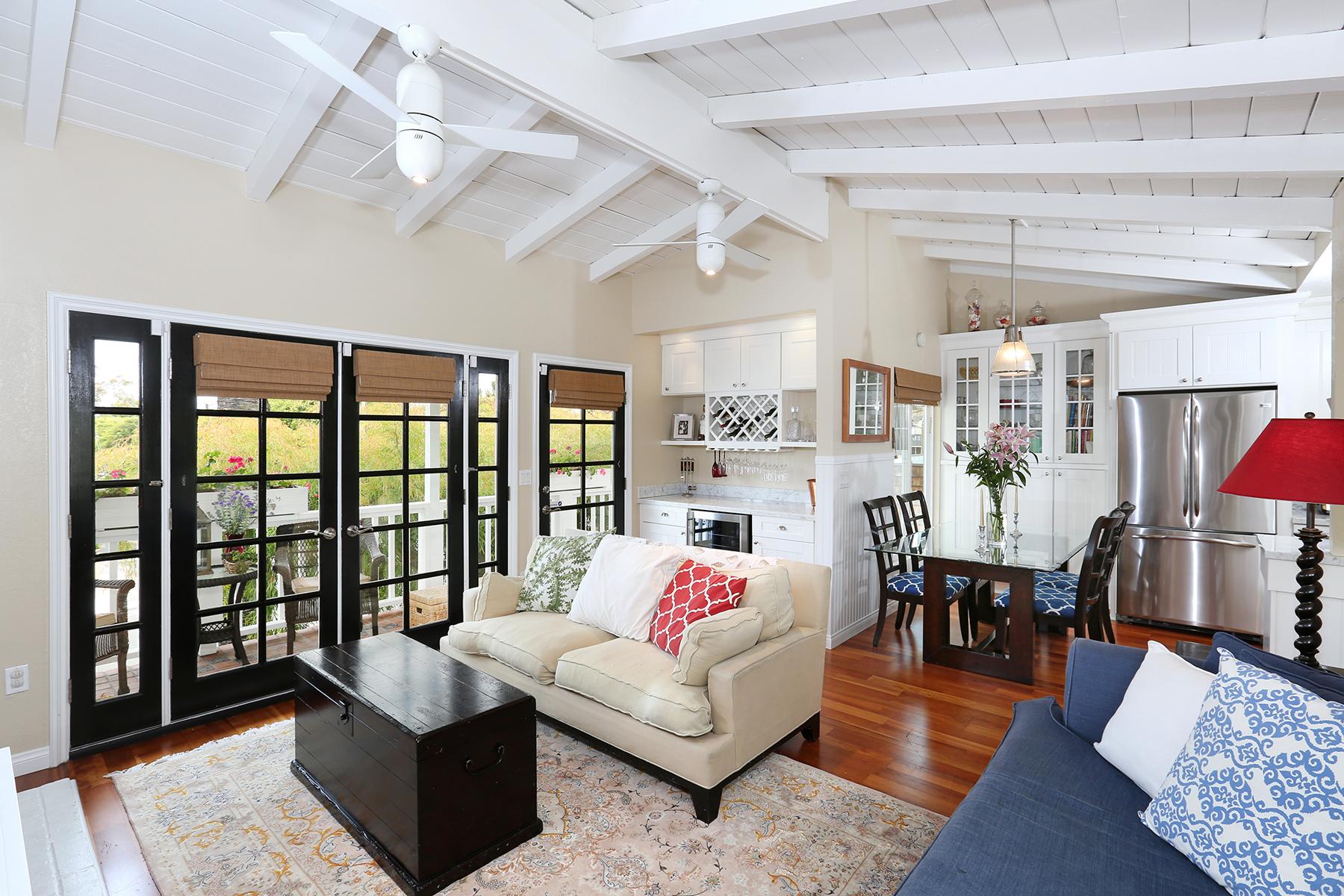 Eigentumswohnung für Verkauf beim 330 Marguerite Ave 330 Marguerite Ave Unit B Corona Del Mar, Kalifornien 92625 Vereinigte Staaten