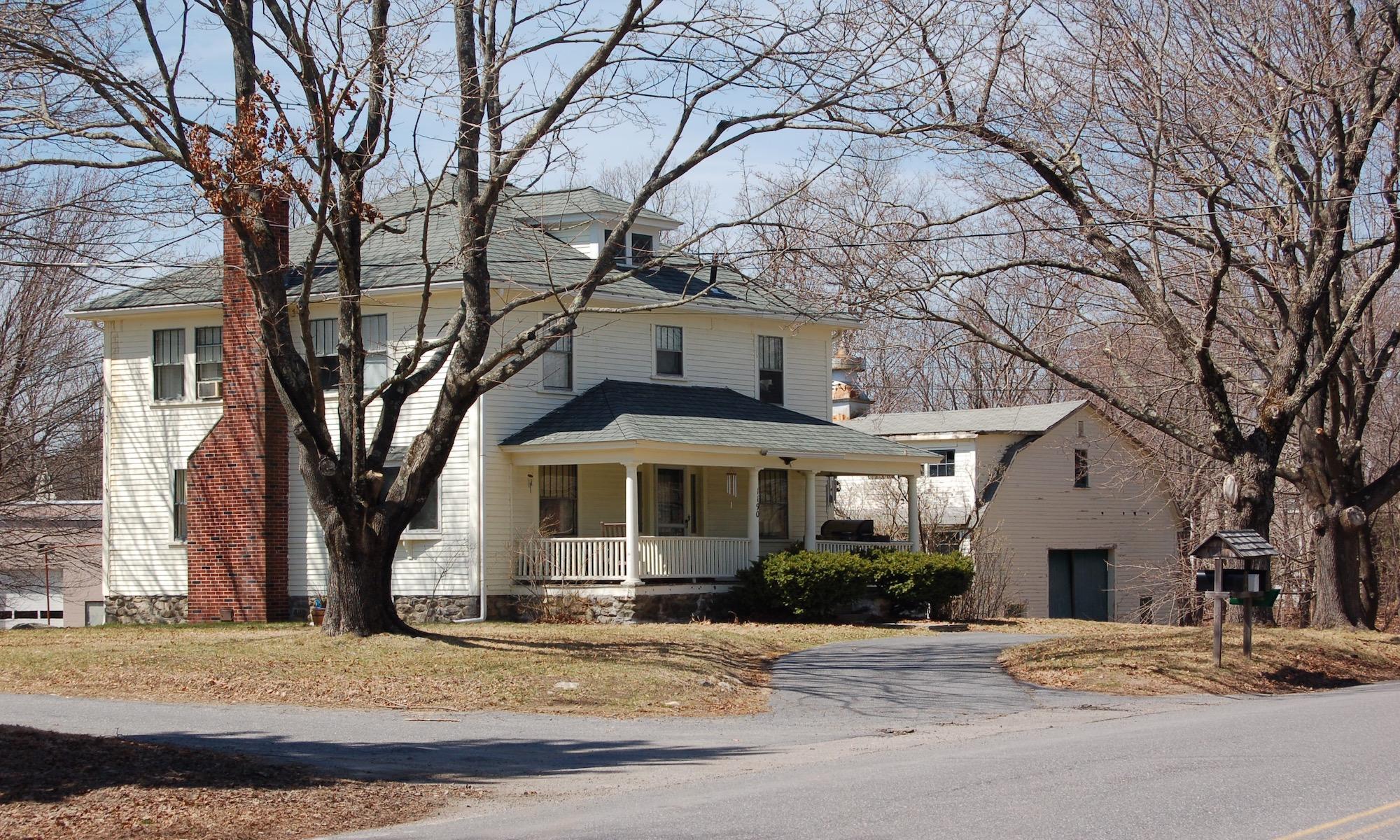 独户住宅 为 销售 在 1190 Liberty Square 1190 Liberty Square Road Boxborough, 马萨诸塞州, 01719 美国