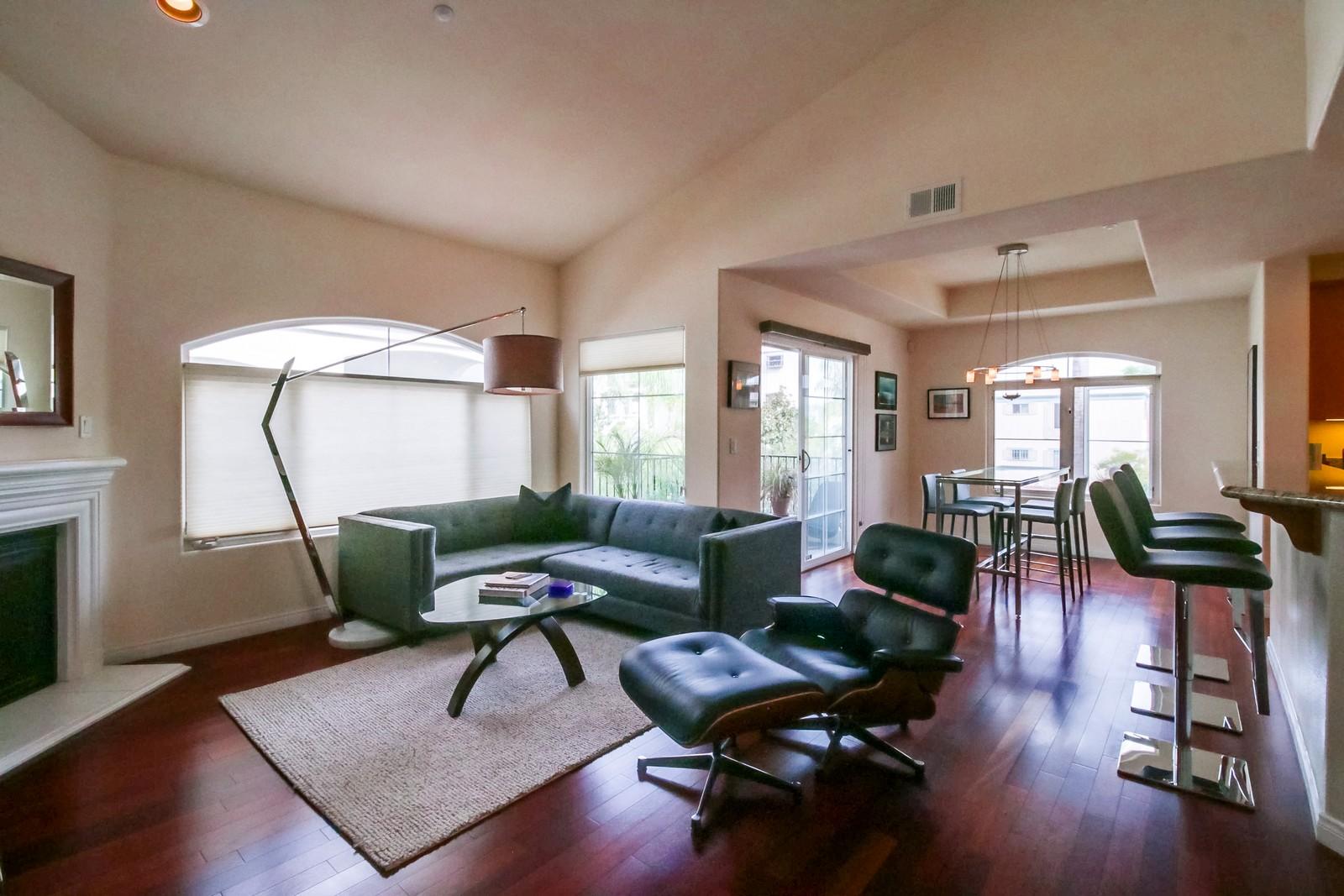 Nhà chung cư vì Bán tại 3620 Indiana Street, 101 Hillcrest, San Diego, California, 92103 Hoa Kỳ