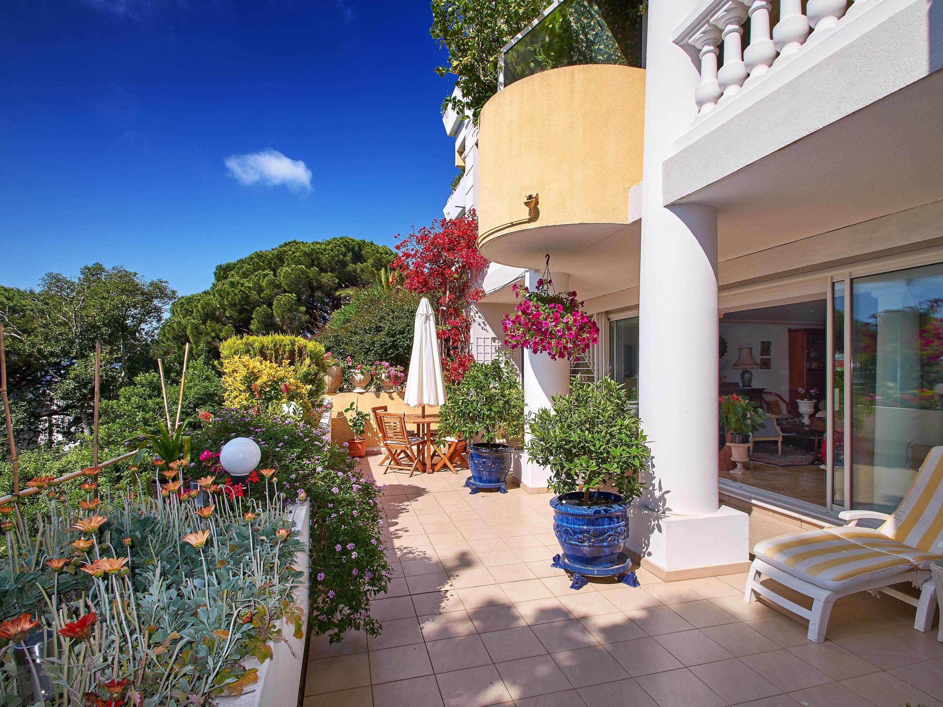 Apartman Dairesi için Satış at Upscale apartment for sale in Cannes Californie - sea views Cannes, Provence-Alpes-Cote D'Azur 06400 Fransa